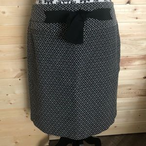 {Ann Taylor LOFT} Cotton Blend Pencil Skirt